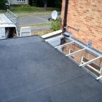 Rubberbonds EPDM flat roof membrane
