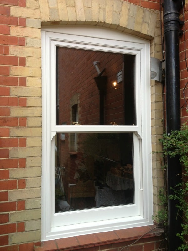 uPVC vertical sliding windows