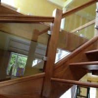 glass-staircase-balustrade-dorking-glass-4