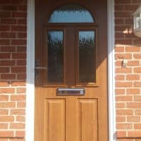 golden-oak-composite-front-door-in-dorking